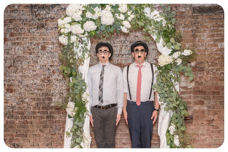 Laren&Bob-Wedding-Photobooth-140.jpg