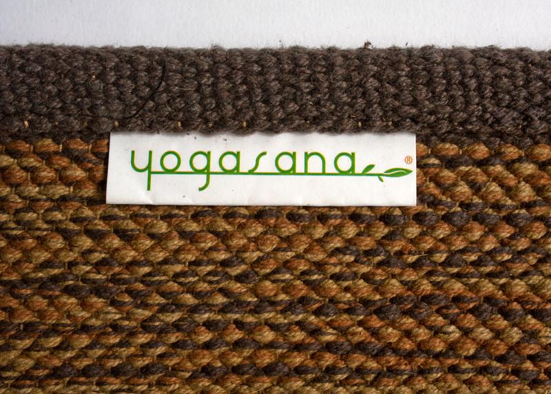 yogasana7-16108.jpg