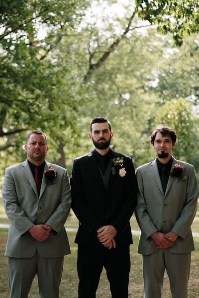 rustic_ohio__fall_barn_wedding-103.jpg