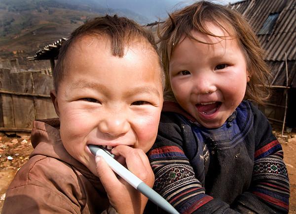 hmong_children.jpg