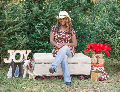 Christmas Tree Lot Mini Sessions