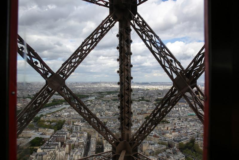 Eiffel-4981.jpg