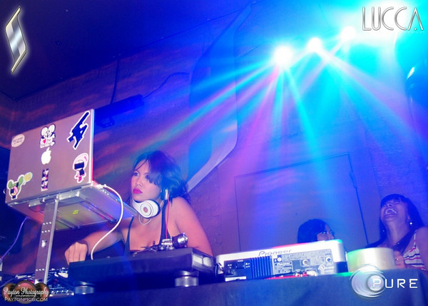 2010-06-24 Truth Thursday @ Surreal Ultra Lounge Featuring DJ Mia