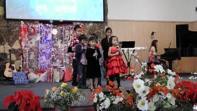 Family Cambodian Church Christmas: December 18, 2011