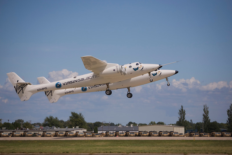 White Knight II taking off at EAA AirVenture 2009.