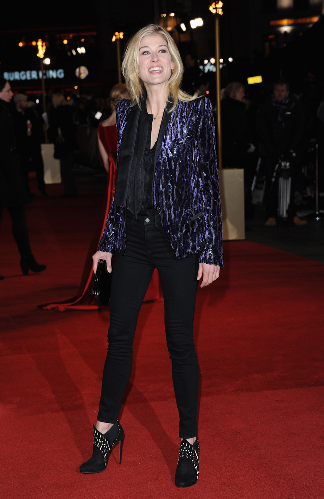 ". Actress Rosamund Pike attends the ""Les Miserables\"" World Premiere at the Odeon Leicester Square on December 5, 2012 in London, England.  (Photo by Stuart Wilson/Getty Images)"