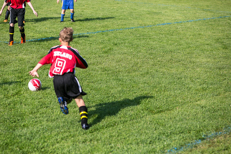 amherst_soccer_club_memorial_day_classic_2012-05-26-00765.jpg