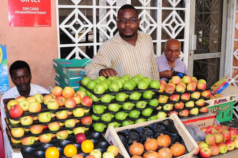 fruit vendor in Dar es Salaam