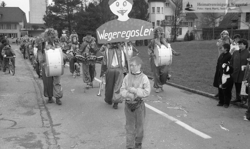 #030210 | 1993; Wegeregosler; Schulhausstrasse; MHN; pewü; fja