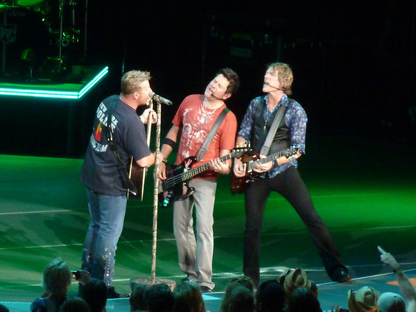 Rascal Flatts w/Eli Young Band & Little Big Town ~ Milwaukee, WI ~ 6/27/12