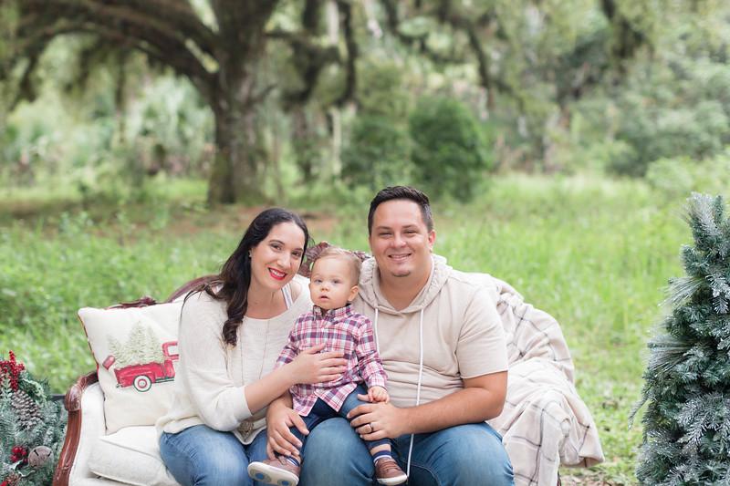 Holiday Minis- Acosta Family-8.jpg