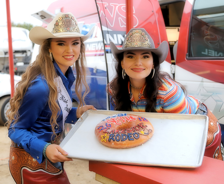 IMG_8678 Lakeside Rodeo Queens KUSI Donut.jpg