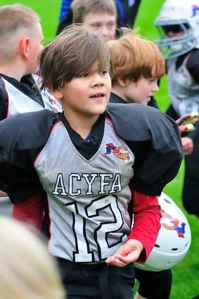 2017-10-07 Owen's Football Game - 3rd Grade 078.jpg
