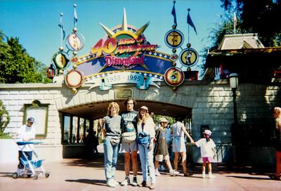 Disneyland 1995 August