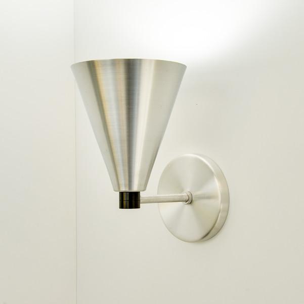 DD lamps furn 1300 100-9065.jpg