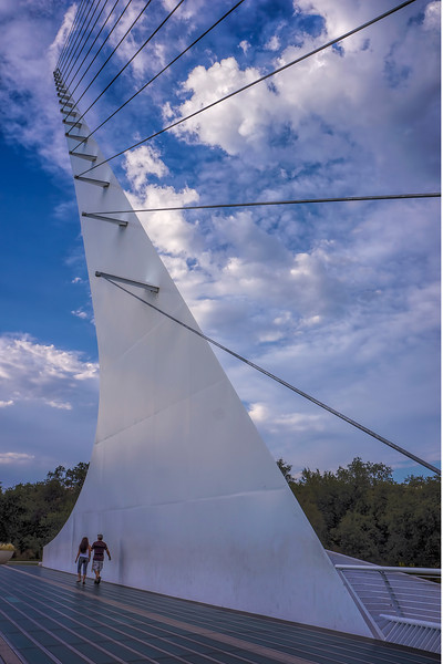 Redding Sundial Bridge 3073.jpg