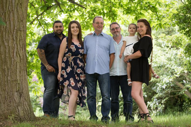 Virdee_family_portraits_ben_savell_photography_harlow_town_park_june_2017-0016.jpg