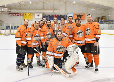 Blue Championship - Dirty Mike & the Boys vs Beerclams C