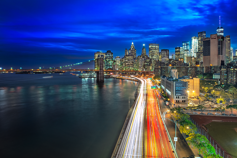 Downtown-From-Manhattan-Bridge-And-FDRDrive-LightTrails.png