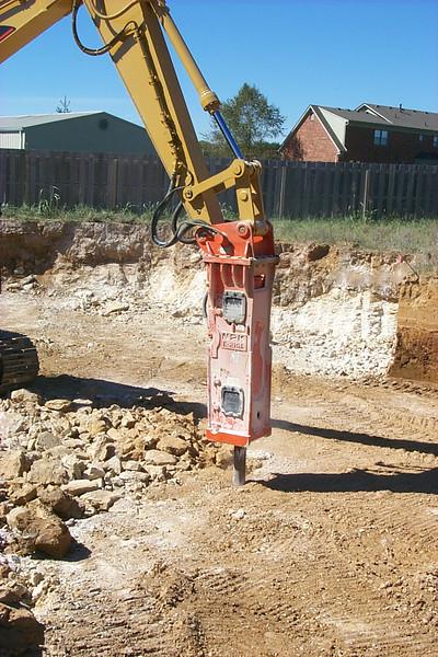 NPK E210A hydraulic hammer (1).jpg