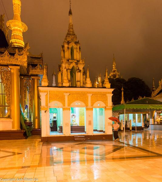 Yangon August 2012 130.jpg