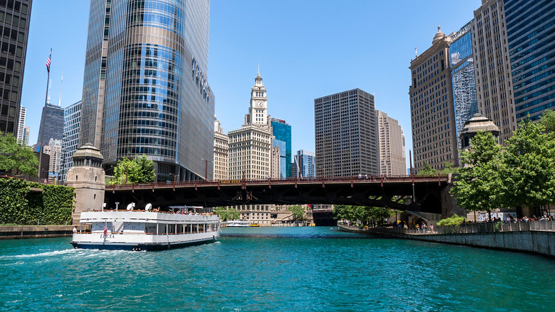 Chicago-Riverwalk01.jpg