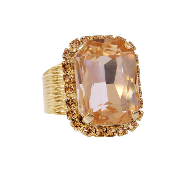 LYDIA COCKTAIL RING / LIGHT PEACH