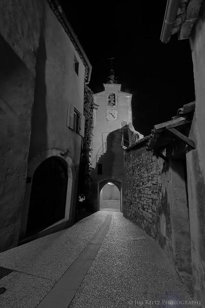 Night scene in Roussillon.