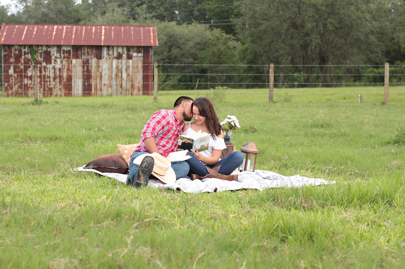 Surprise-Picnic-Engagement-Scrable-Game-Will-You-Marry-Me-Sunset-Open-Field-Rustic-Photo-Photography-By-Laina-2.jpg