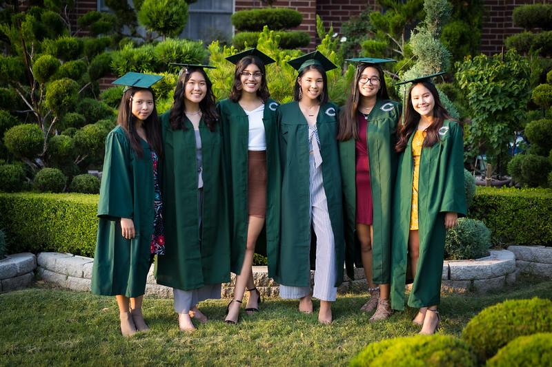 20200521_sarah-friends-connally-graduation_061.jpg