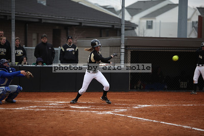 High School Softball - Rogers Mounties at Bentonville Tigers - 04/10/2009