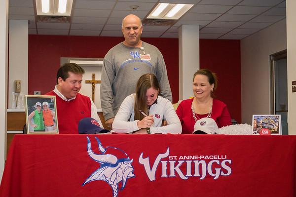 2014 CSU Signing - Sarah Grace Drop