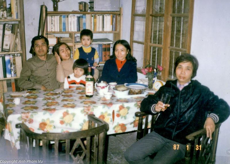 Vietnam 80s 81.jpg
