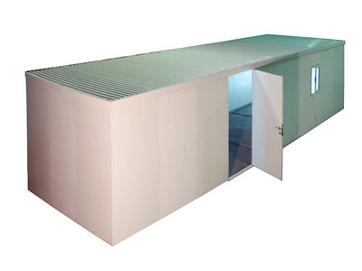 Flat Roof Insulated Building 19x10