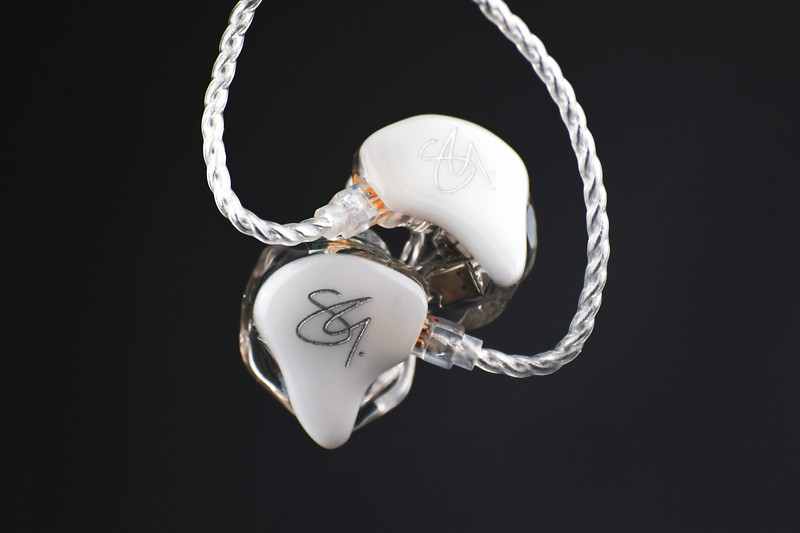 Shannon-Grace-silver-artwork.jpg