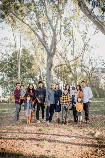 Gonzalez Family Christmas Photoshoot