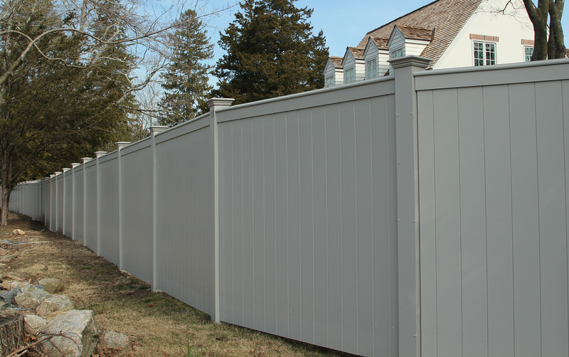 177 - 515030 - Darien CT - Chesapeake Board Fence