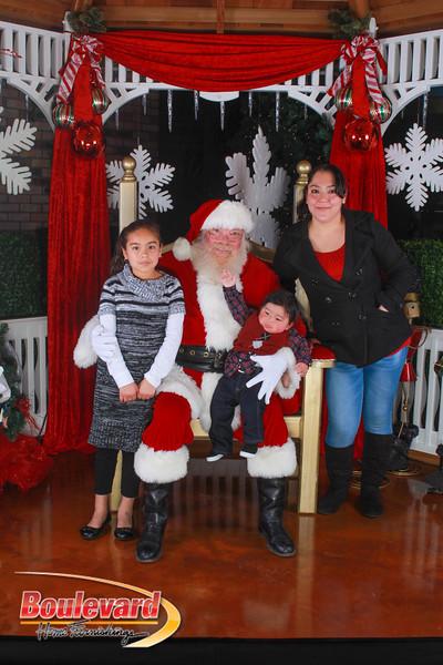 Santa 12-10-16-185.jpg