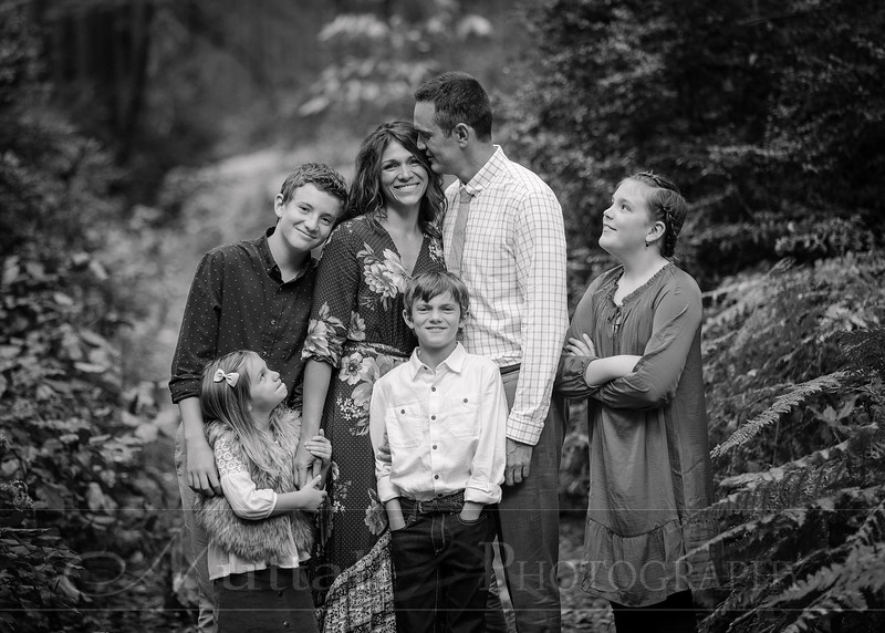 May Family 08bw.jpg