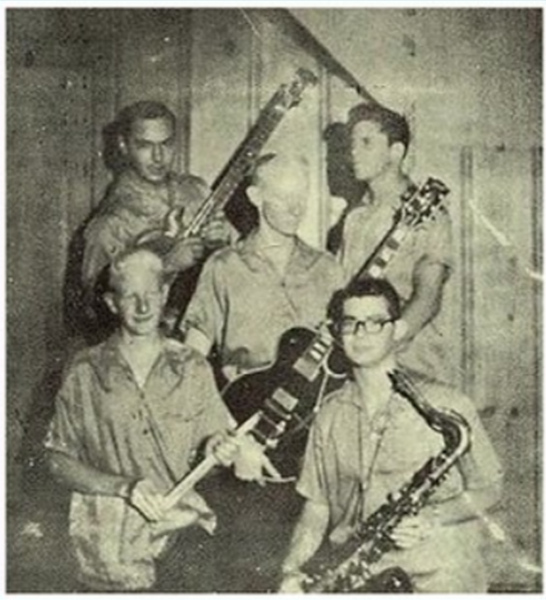 JOHNNY and the Jammers 02.jpg
