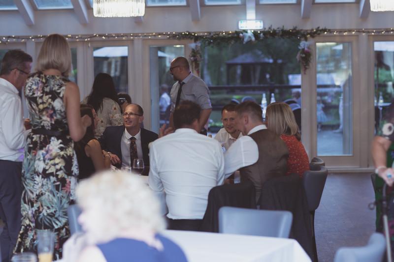 Sam_and_Louisa_wedding_great_hallingbury_manor_hotel_ben_savell_photography-0248.jpg