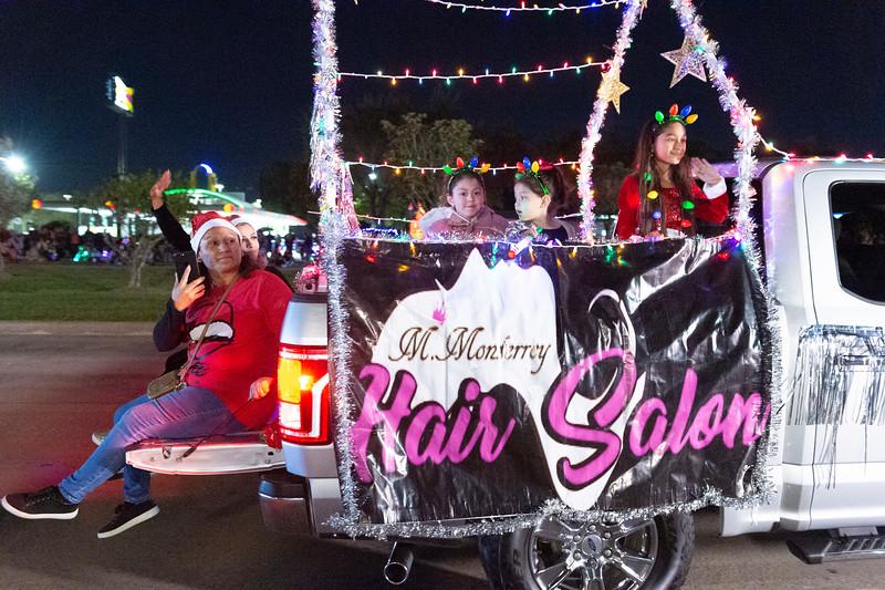 Holiday Lighted Parade_2019_480.jpg