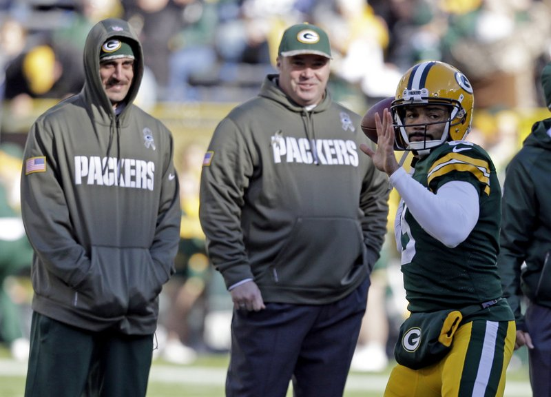 ". <p>7. (tie) GREEN BAY PACKERS <p>They�ve lost their No. 1 quarterback, and all of their backups are No. 2. (unranked) <p><b><a href=\'http://www.nfl.com/news/story/0ap2000000278581/article/packers-gm-my-fault-if-problems-at-backup-qb\' target=""_blank\""> HUH?</a></b> <p>    (AP Photo/Mike Roemer)"