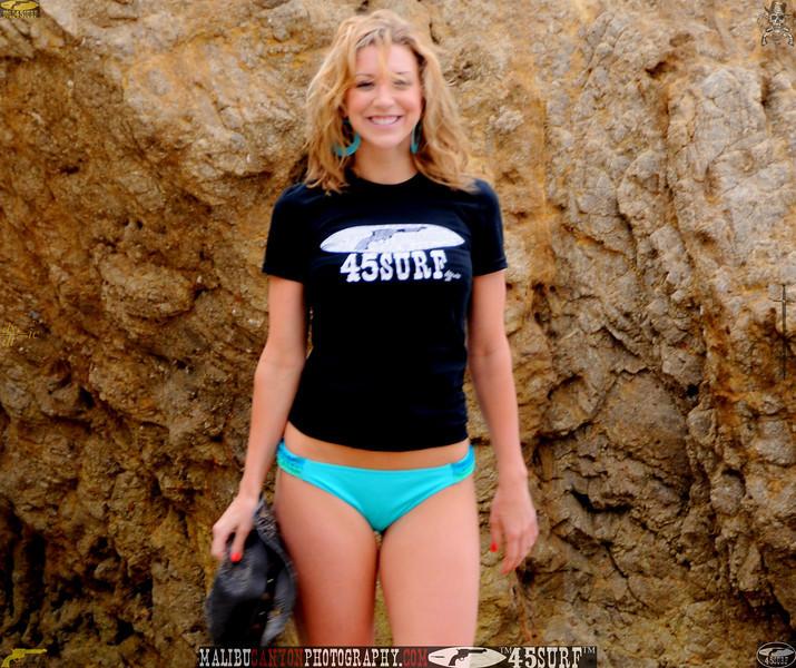 malibu swimsuit model beuatiful woman bikini 973,.,.,.