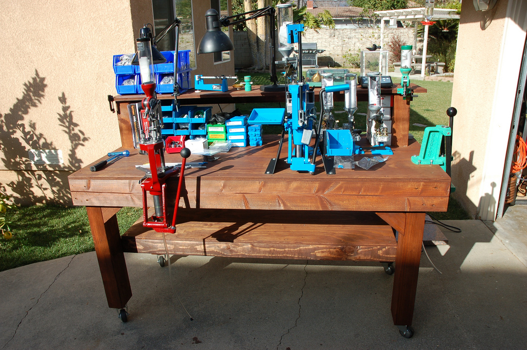 Show us a picture of your reloading bench - Page 97 - THR
