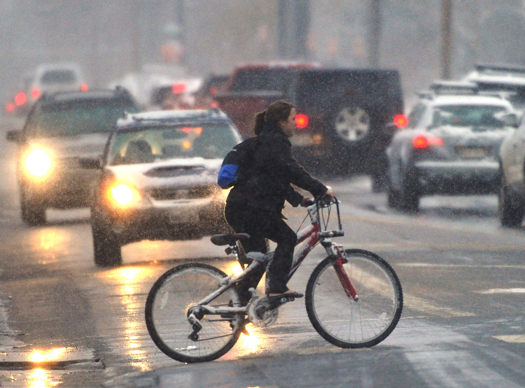 . DENVER, CO. - FEBRUARY 20:  Wet snow made for a slow commute home Wednesday evening, February 20, 2013. The Denver metro area is expecting 4-6 inches of snow overnight. (Photo By Karl Gehring/The Denver Post)