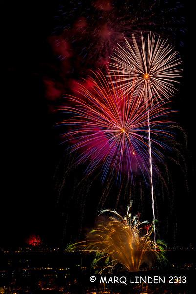 Newport Dunes Fireworks 07042013-092.jpg