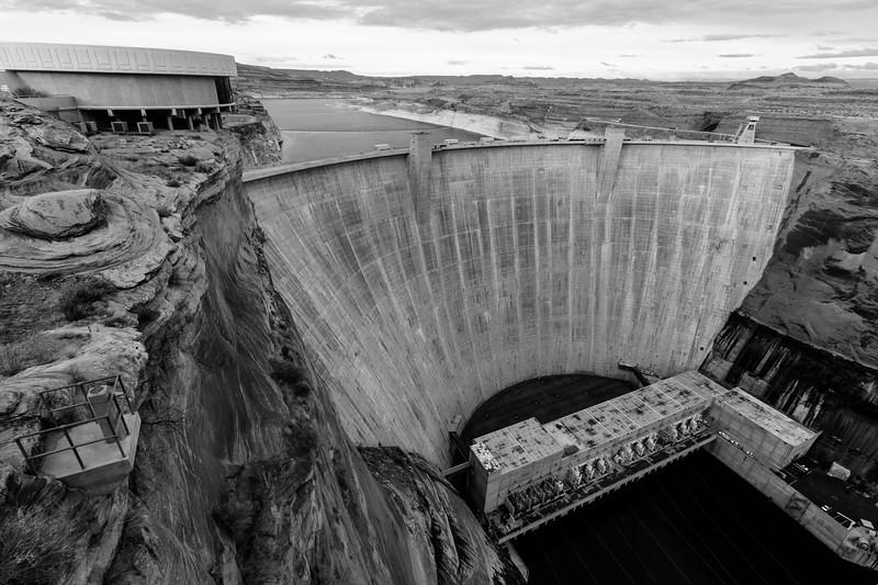 glen-canyon-dam-bw-15.jpg