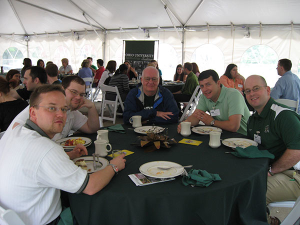 Breakfast-with-the-Alumni-Association-and-members-of-SAB2.jpg