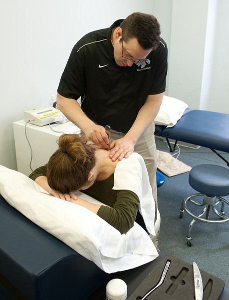 02_09_12_st_anns_clinic-5857.jpg